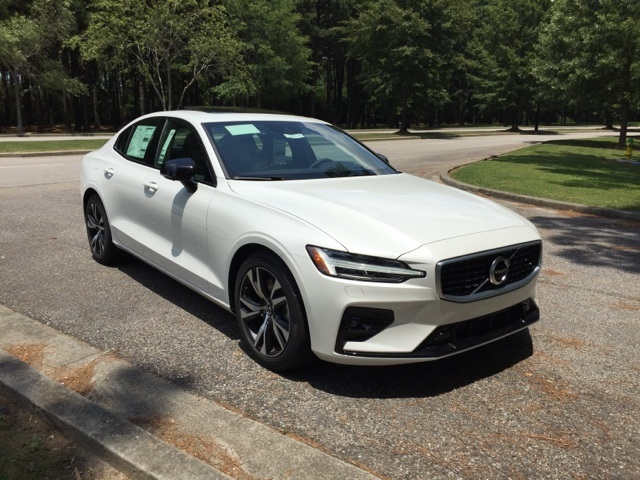 New 2019 Volvo S60 T6 R Design With Navigation Awd